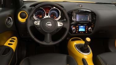 Nissan Juke 2014 dash