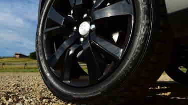 Peugeot 2008 - wheel