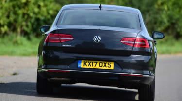 Volkswagen Passat - back