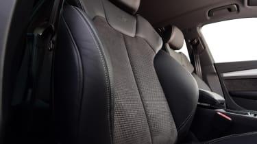Audi Q5 - front seat