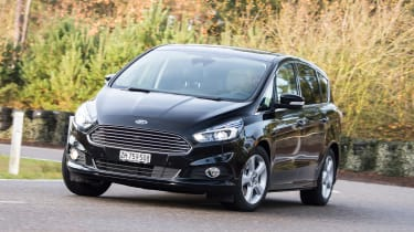 Ford S-Max AWD - front