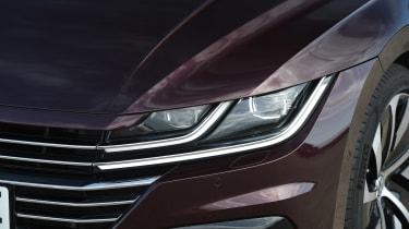 Volkswagen Arteon - front light
