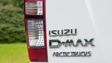 D-MAX Arctic Trucks AT35 - badge