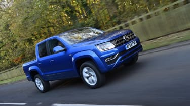 Volkswagen Amarok pick-up 2016 - front tracking
