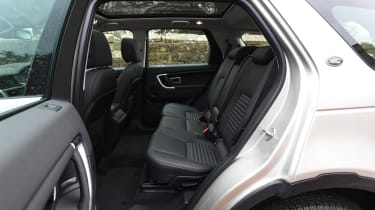 Land Rover Discovery Sport MY2107 - rear seats