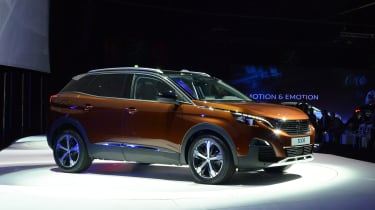 Peugeot 3008 big reveal - show stand