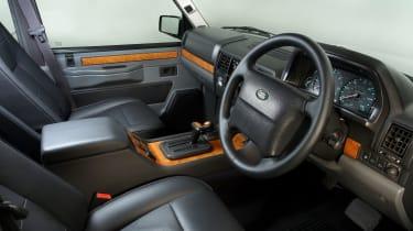 Range Rover Chieftain - interior