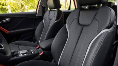 Audi Q2 - front seats
