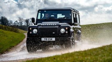 Land Rover Defender Works V8 - front off-road
