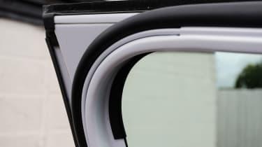 Used Ford Kuga - door seal