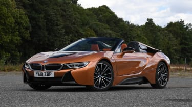 BMW i8 Roadster - front static roof down