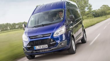 Ford Transit Custom - front action