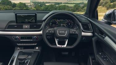 Audi Q5 55 TFSI e - dash