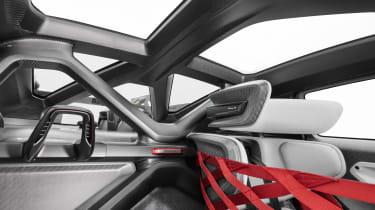 Porsche Mission R - inside
