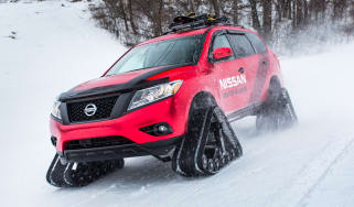 Nissan Winter Warrior concept - front cornering