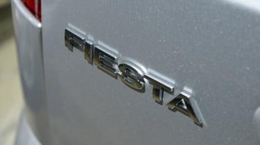 Ford Fiesta Mk5 - badge
