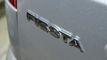 Ford Fiesta Mk5 - badge