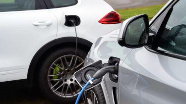 BMW X5 vs Porsche Cayenne - charging