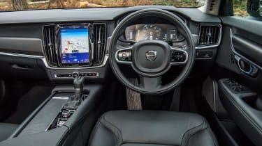 Volvo V90 Cross Country 2017 UK - interior