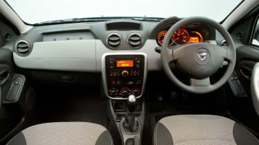 Used Dacia Duster - dash