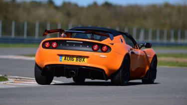 Lotus Elise Cup 250 - rear cornering