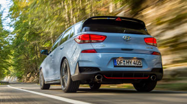 Hyundai i30 N - rear tracking