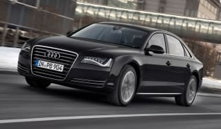 Audi A8 Hybrid front tracking