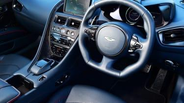 Aston Martin DBS Superleggera - dash