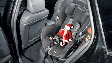 Peugeot 508 SW child seat