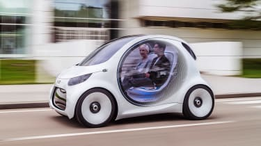 Smart Vision EQ ForFour concept - front tracking