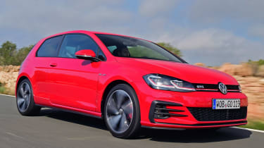 Volkswagen Golf GTI 2017 facelift red - front tracking 2