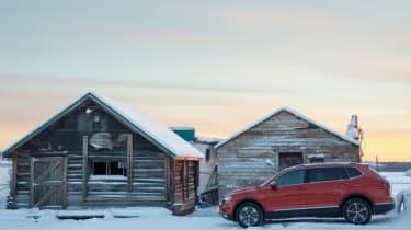 Volkswagen Tiguan log cabin