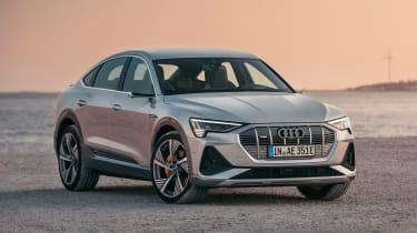 Audi e-tron Sportback - side/front