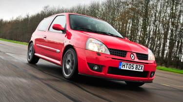 Clio II RS 182 Trophy - front