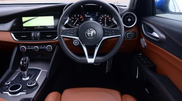 Alfa Romeo Giulia Veloce - dash