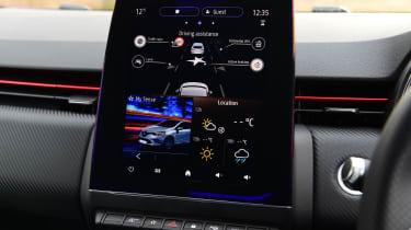Renault Clio - screen