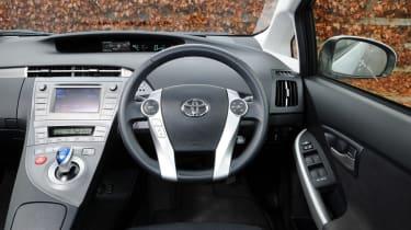 Toyota Prius plug-in 2013 interior