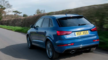 Audi RS Q3 Performance 2016 - rear tracking