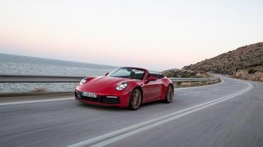New Porsche 911 Cabriolet 2019 front tracking