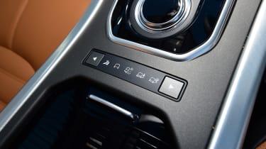 Range Rover Evoque SD4 - interior controls