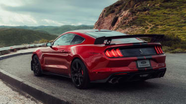 Ford Mustang Shelby GT500 - rear