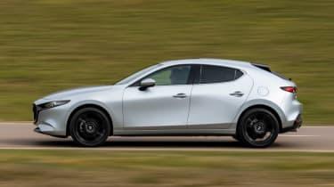 Mazda 3 e-SkyActiv X - side