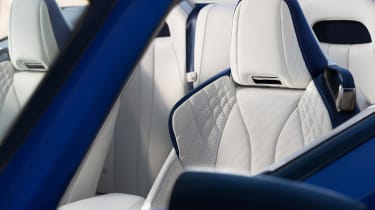 Lexus LC Convertible - seats