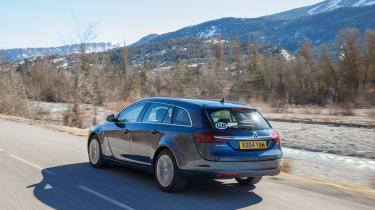Vauxhall Insignia Sports Tourer Whisper diesel - rear tracking