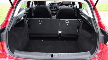 Triple test - Tipo - rear seats folded