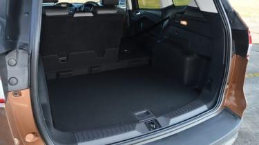 Ford Kuga Titanium 2.0 TDCi boot