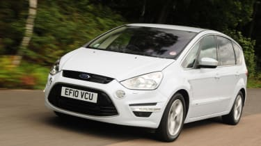 Ford S-MAX front tracking