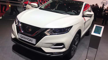Facelifted Nissan Qashqai show - front