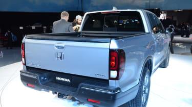 Honda Ridgeline pickup - rear show