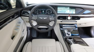 Genesis G90 first drive - interior
